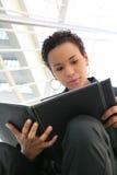 Schwärzen Sie Geschäftsfrau Lizenzfreie Stockfotos