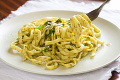 Scialatielli with pesto Royalty Free Stock Photos