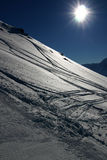 Sciando nelle alpi svizzere Immagine Stock Libera da Diritti