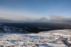 Sciando sulla montagna di Cairngorm in Scozia Fotografia Stock Libera da Diritti