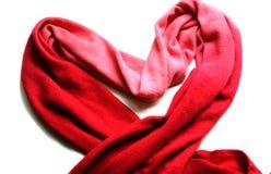 Sciarpa rossa isolata su bianco Immagine Stock