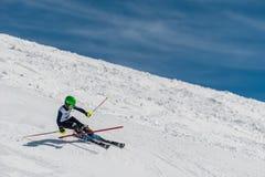 Sciatore di slalom in Gudauri, Georgia Immagine Stock