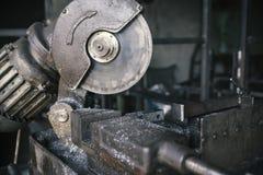 Scie électrique de circulaire pour le métal Photos stock