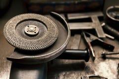 Scie électrique de circulaire pour le métal Photo libre de droits