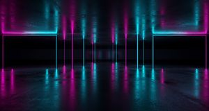 Sciencefictions-futuristischer Schmutz-Raum mit purpurroten und blauen Neonlichtern W lizenzfreie abbildung