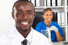 Scienziati Afro american Fotografie Stock