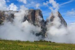 Sciliar in den Wolken Lizenzfreies Stockbild