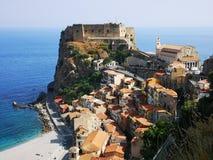 Scilla gammal historisk stad, Italien arkivbilder