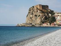 Scilla gammal historisk stad, Italien arkivfoton