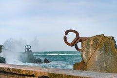 Scilpture ` grępla Wiatrowy ` w Baskijskim kraju Hiszpania Zdjęcia Royalty Free