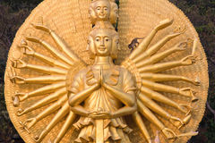 Scimmia sulla statua di Shiva Fotografia Stock