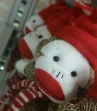 Scimmie farcite nel grande magazzino Fotografie Stock Libere da Diritti