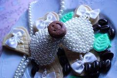 scintillio sveglio di sorriso del biscotto delle perle dell'accessorio Immagine Stock Libera da Diritti