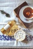 Sciroppo e tè del rabarbaro Fotografia Stock