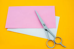 Scissors and paper Royalty Free Stock Images