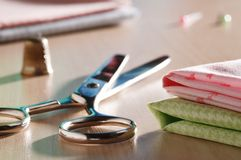 Scissors and sewing supplies Royalty Free Stock Images