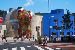 Sclupture famoso da flor do cachorrinho em Bilbao, Espanha Imagem de Stock