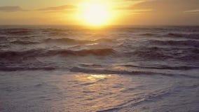 Scène de coucher du soleil d'océan, plein HD, 30fps banque de vidéos