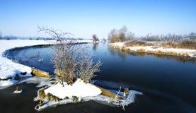 Scène de fleuve de l'hiver Photographie stock