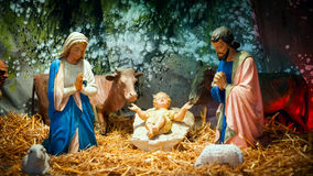 Scène de nativité de Noël avec le bébé Jésus, Mary et Joseph Photos stock