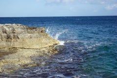 scogliera βράχων στοκ φωτογραφίες με δικαίωμα ελεύθερης χρήσης