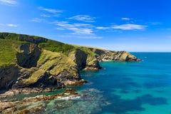 Scogliera al litorale della Cornovaglia vicino a porta Issac, Cornovaglia Immagini Stock Libere da Diritti