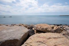 Scogliera del mare Fotografia Stock