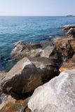 Scogliera del mare Immagini Stock