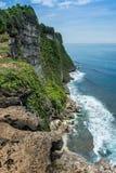Scogliera di Uluwatu, Bali, Indoneisa Fotografia Stock