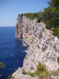 Scogliera in sali, croatia Immagini Stock