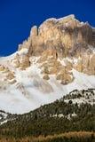 Scogliere del massiccio di Devoluy nell'inverno Alpi francesi, Francia Immagini Stock