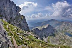 Scogliere dell'alta montagna nel parco nazionale di Ergaki, Russia Immagini Stock