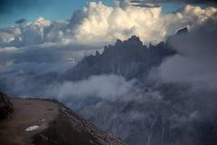 Scogliere dell'alta montagna nelle dolomia Fotografia Stock