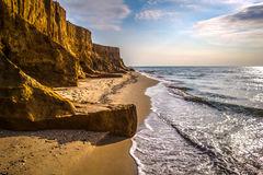 Scogliere dell'argilla sulla costa Fotografia Stock