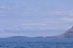 Scogliere dell'oceano Fotografie Stock