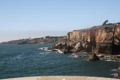 Scogliere della costa del Portogallo Immagine Stock