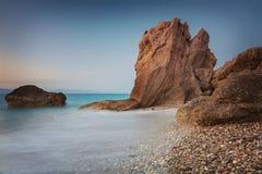 Scogliere della spiaggia di Rodi fotografie stock libere da diritti