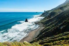 Scogliere di Benijo, costa Est del nord di Tenerife Fotografia Stock