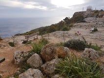 Scogliere di Malta Dingli fotografia stock libera da diritti