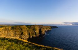 Scogliere di Moher in Irlanda fotografia stock