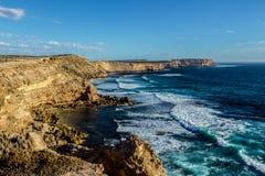 Scogliere famose vicino al lincon al tramonto, Australia Meridionale del porto immagini stock libere da diritti