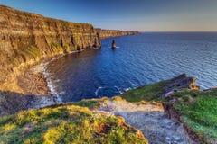 Scogliere idilliche di Moher in Irlanda Fotografia Stock