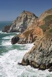 Scogliere pure dello scorrevole del diavolo, promontorio costiero, San Mateo County, California immagini stock libere da diritti