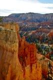 Scogliere ripide nell'orario invernale Bryce Canyon Fotografia Stock Libera da Diritti