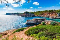 Scogliere Rocky Coast Scenery della Spagna Maiorca Fotografia Stock