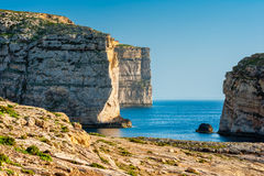Scogliere sulla costa ovest di Gozo Malta Fotografie Stock Libere da Diritti