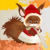 Scoiattolo rosso sveglio in cappotto e cappello di inverno con pelliccia sui precedenti di lerciume Immagini Stock
