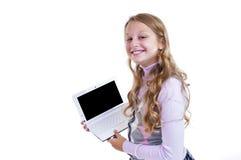 Scolara con il suo netbook Fotografia Stock