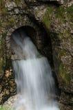 Scolo della cascata Fotografia Stock