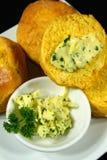 Scones de potiron avec le beurre persillé Photos stock